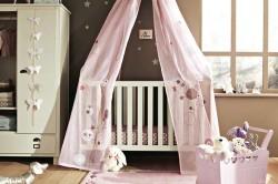 Длинный балдахин на детскую кроватку