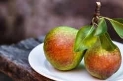 Польза груши для кормящей маме