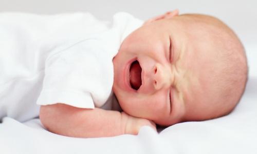 Проблема колик у новорожденного