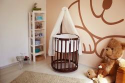 Круглая кроватка с балдахином