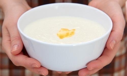 Польза манной каши для кормящей мамы
